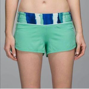Lulu Lemon Speed Short in Menthol Green EUC*